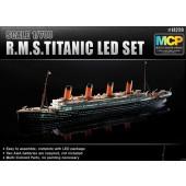 R.M.S. TITANIC (LED SET) E1/700