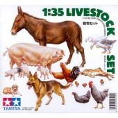 SET DE ANIMALES DE GRANJA E1/35