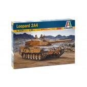 TANQUE LEOPARD 2A4 E1/35 (Con calcas version Española)